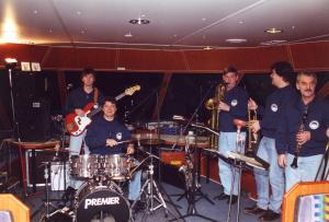 Historie 1996 Klock 8 achtern Strom